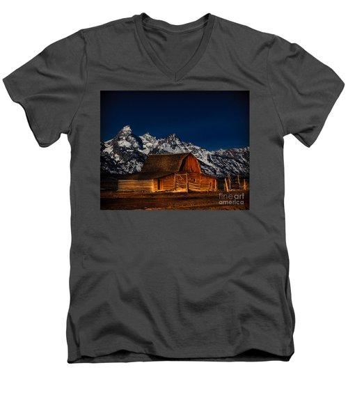 Teton Mountains With Barn Men's V-Neck T-Shirt