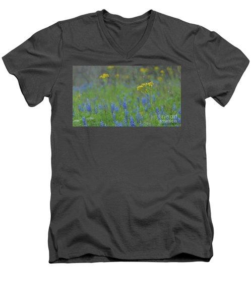 Texas Field With Blue Bonnets Men's V-Neck T-Shirt