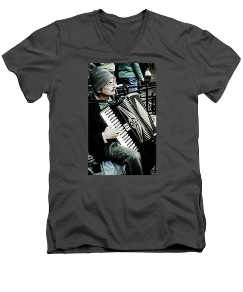Men's V-Neck T-Shirt featuring the photograph Thats Amore by Bruce Carpenter
