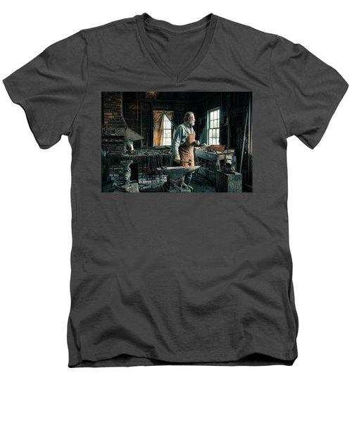 The Blacksmith - Smith Men's V-Neck T-Shirt