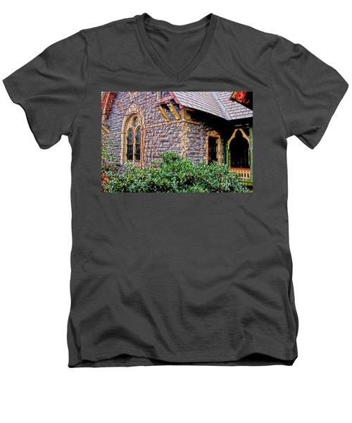 Central Park Dairy Cottage Men's V-Neck T-Shirt