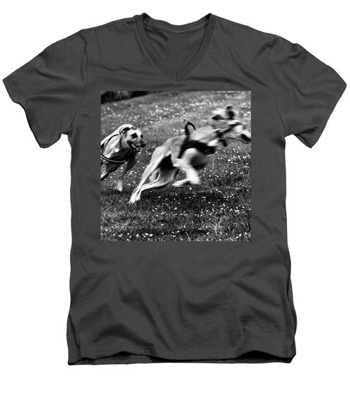 The Chasing Game. Ava Loves Being Men's V-Neck T-Shirt