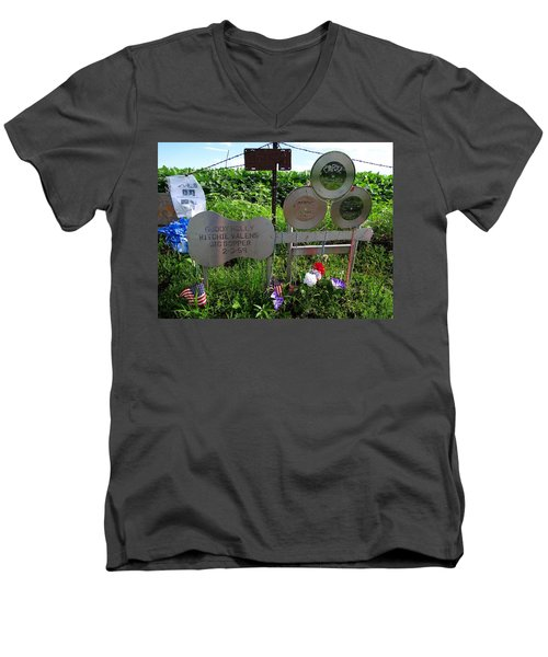 The Day The Music Died Men's V-Neck T-Shirt