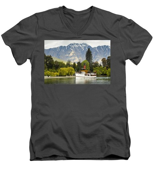 Men's V-Neck T-Shirt featuring the photograph The Earnslaw by Werner Padarin
