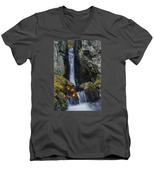 The Fall Of Song In Autumn Men's V-Neck T-Shirt