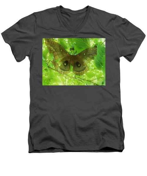 The Fourth Day-a Dying Giant.. Men's V-Neck T-Shirt