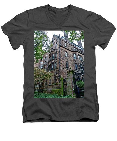 The Gates Of Yale Men's V-Neck T-Shirt