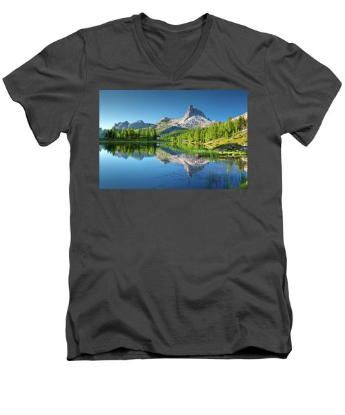 The Great Northwest Men's V-Neck T-Shirt