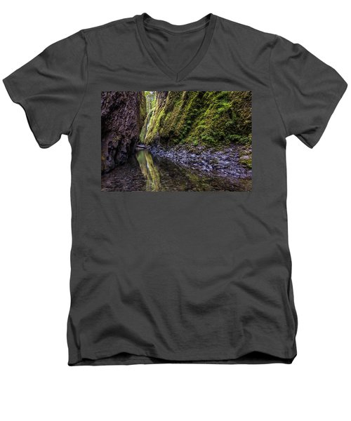 Men's V-Neck T-Shirt featuring the photograph The Green Canyon Of Oregon by Pierre Leclerc Photography