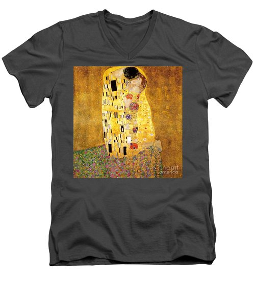 The Kiss Men's V-Neck T-Shirt by Klimt