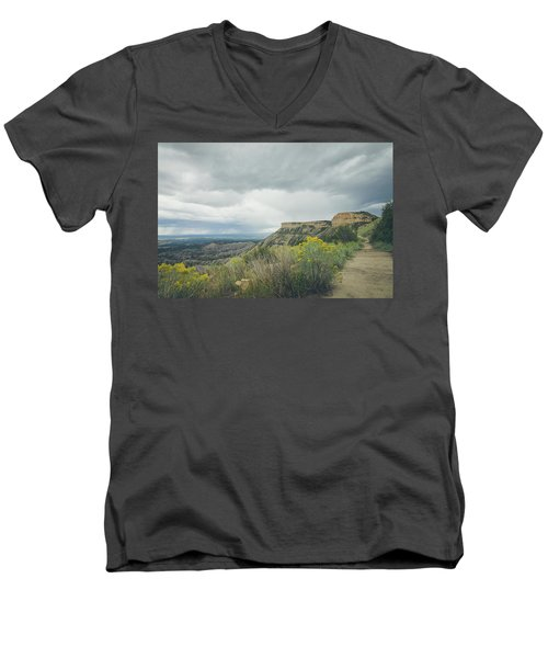 The Knife's Edge Men's V-Neck T-Shirt