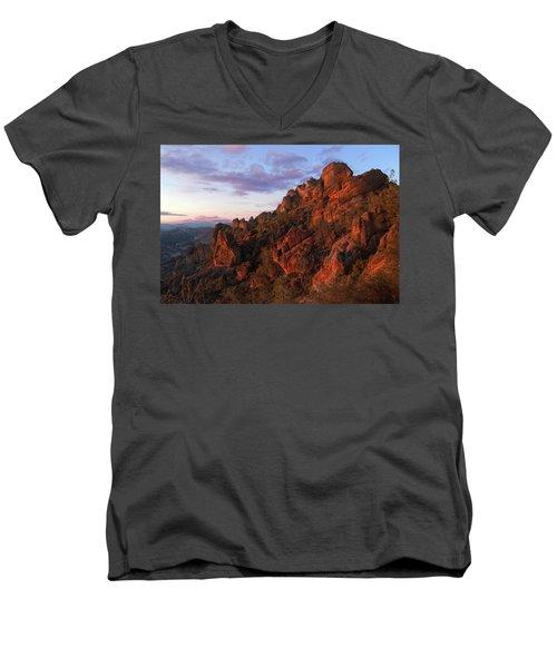 The Late Show Men's V-Neck T-Shirt