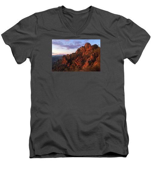 The Late Show Men's V-Neck T-Shirt