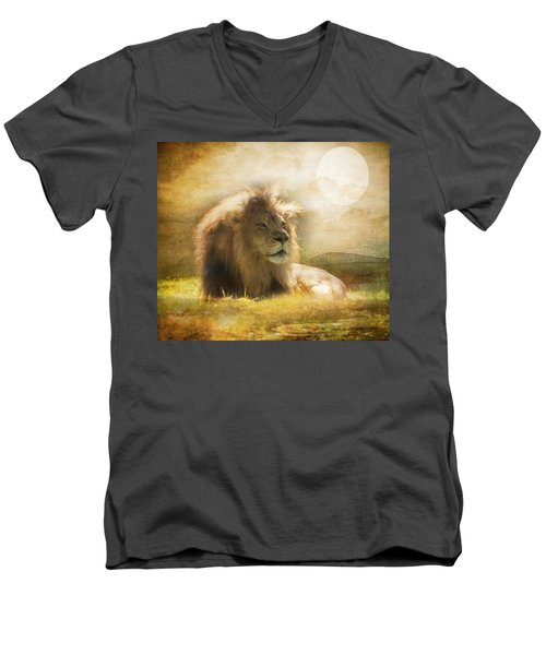 The Lion King Men's V-Neck T-Shirt