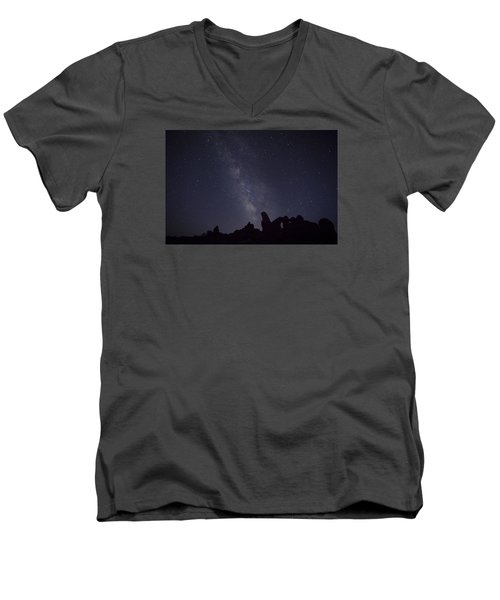 The Milky Way Over Turret Arch Men's V-Neck T-Shirt