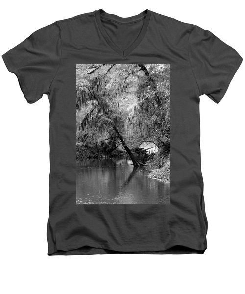 The Neuse Men's V-Neck T-Shirt