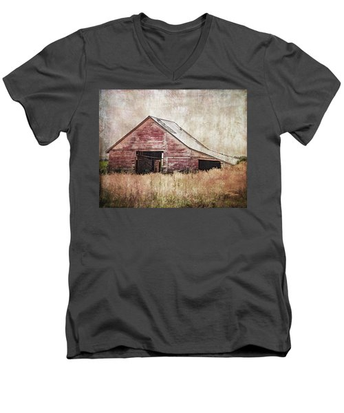 The Red Shed Men's V-Neck T-Shirt