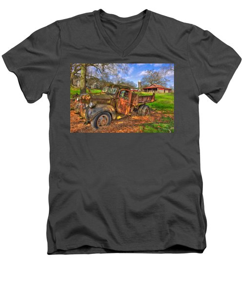 The Resting Place Boswell Farm 1947 Dodge Dump Truck Men's V-Neck T-Shirt