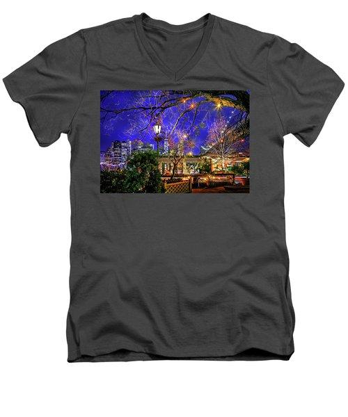 The River Cafe Men's V-Neck T-Shirt