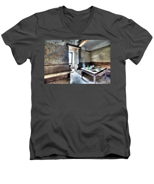 The Rural Kitchen - La Cucina Rustica  Men's V-Neck T-Shirt