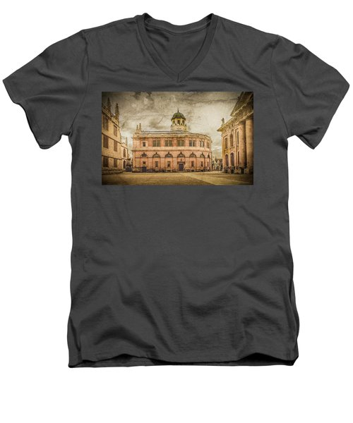 Oxford, England - The Sheldonian Theater Men's V-Neck T-Shirt