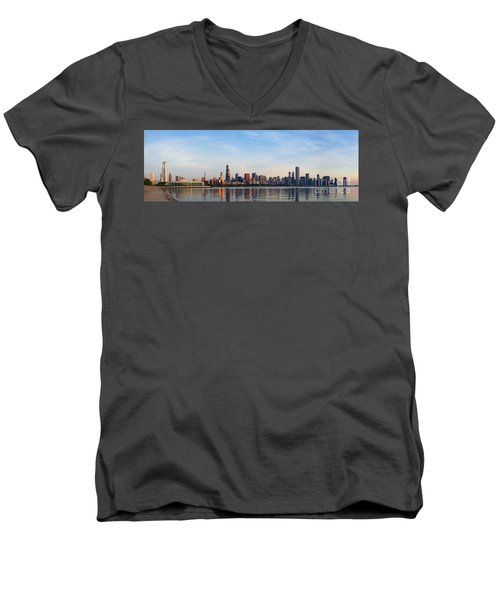 The Skyline Of Chicago At Sunrise Men's V-Neck T-Shirt