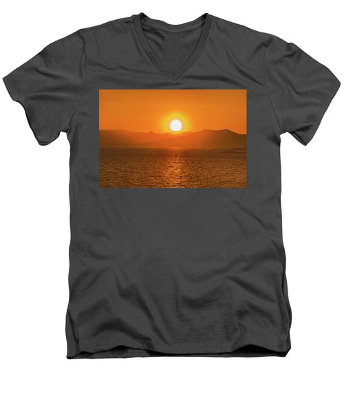 The Smoke From A Forest Fire Gave Us This Tangerine Sky Over 11-mile Reservoir State Park, Colorado. Men's V-Neck T-Shirt