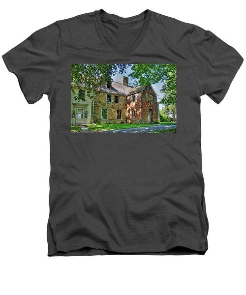The Spencer-peirce-little House In Spring Men's V-Neck T-Shirt