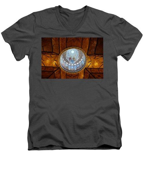 The Story Of Love Men's V-Neck T-Shirt
