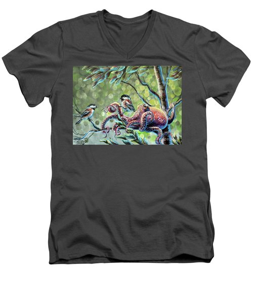 The Stray Men's V-Neck T-Shirt