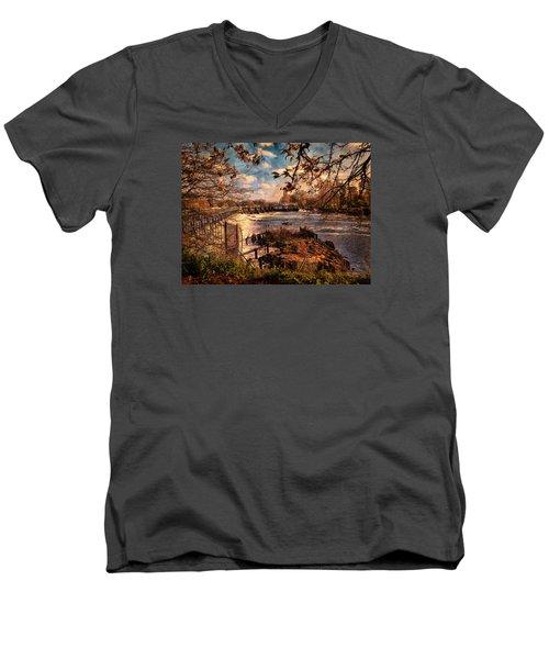 The Weir At Teddington Men's V-Neck T-Shirt