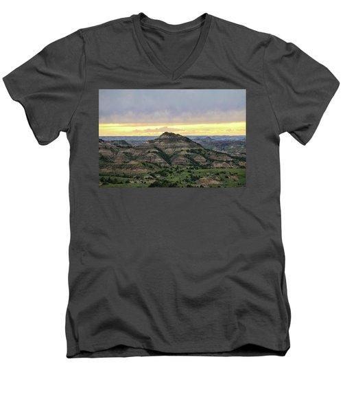 Theodore Roosevelt National Park, Nd Men's V-Neck T-Shirt