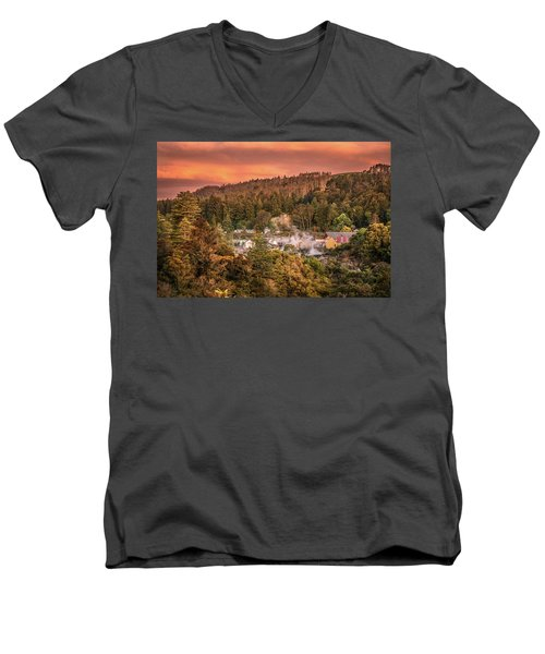 Thermal Village Rotorua Men's V-Neck T-Shirt