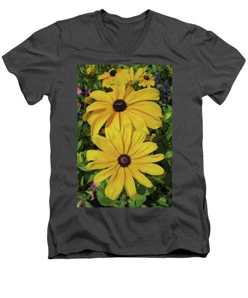 Men's V-Neck T-Shirt featuring the photograph Thirteen by David Chandler