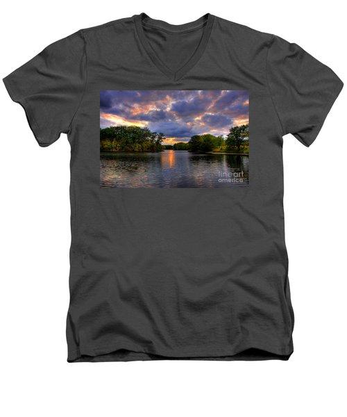 Thomas Lake Park In Eagan On A Glorious Summer Evening Men's V-Neck T-Shirt