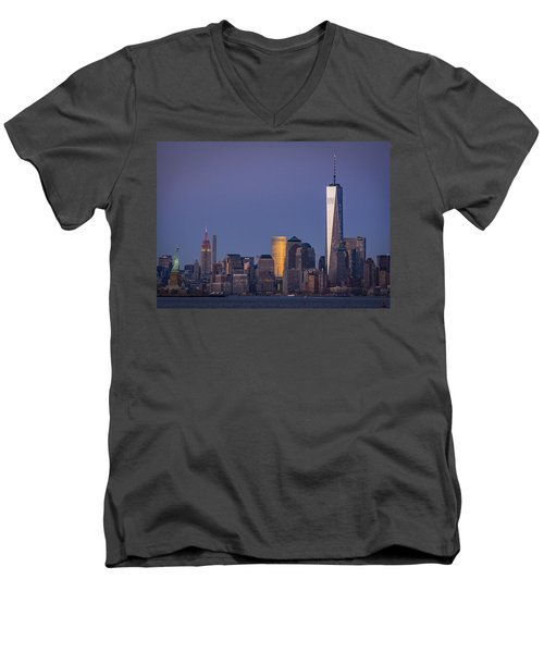 Three New York Symbols Men's V-Neck T-Shirt