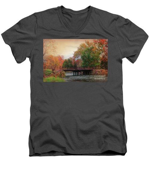 Three Rivers Michigan Men's V-Neck T-Shirt