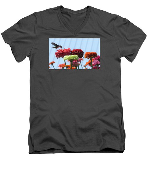 Thristy Hummer Men's V-Neck T-Shirt