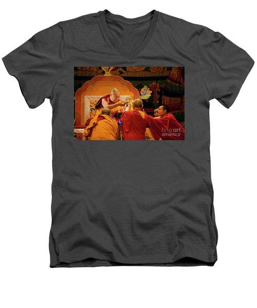 Tibetan_d124 Men's V-Neck T-Shirt