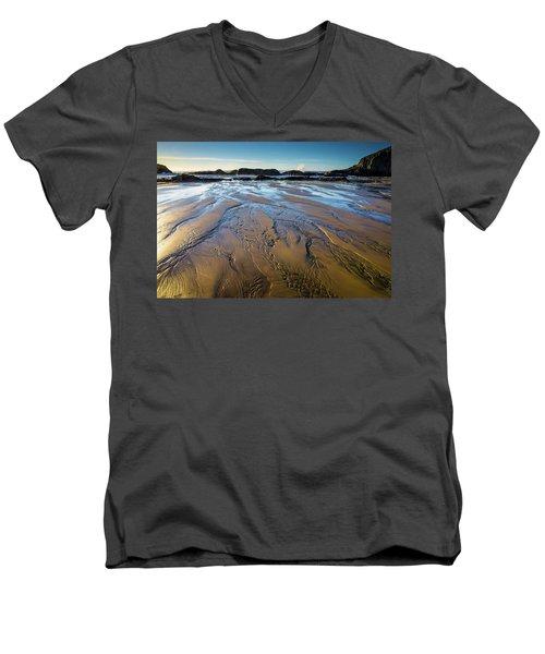 Tidal Patterns Men's V-Neck T-Shirt