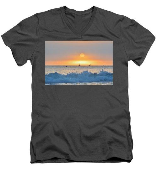 Time To Fly Men's V-Neck T-Shirt