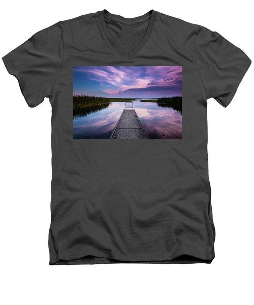 Toho Twilight Men's V-Neck T-Shirt