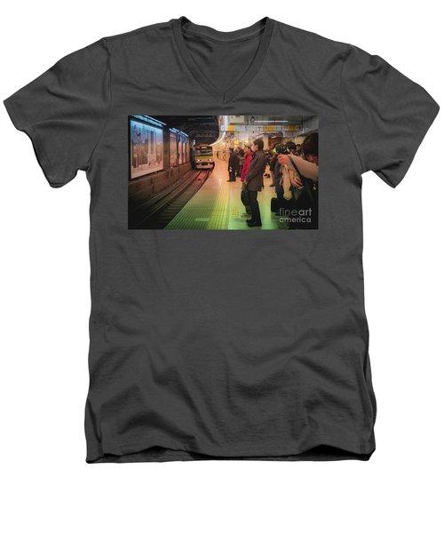 Tokyo Metro, Japan Men's V-Neck T-Shirt