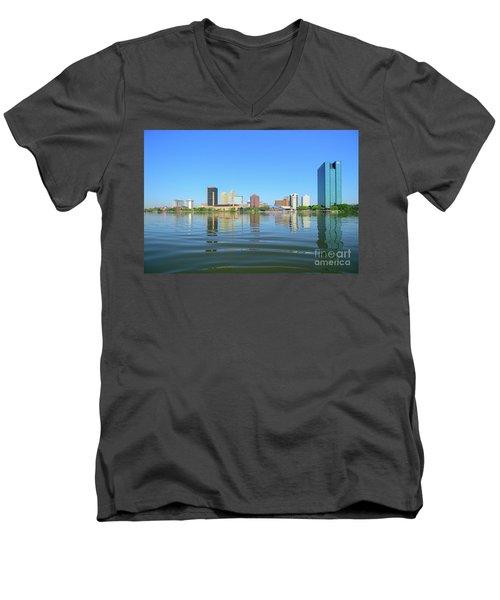 D12u-673 Toledo Ohio Skyline Photo Men's V-Neck T-Shirt