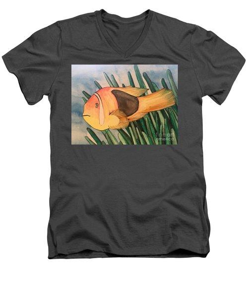 Tomato Clown Fish Men's V-Neck T-Shirt