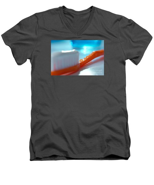 Toothbrush Men's V-Neck T-Shirt