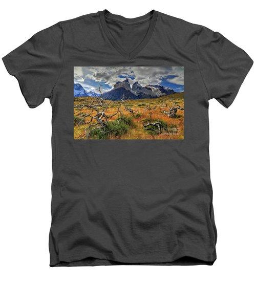 Torres Del Paine 18 Men's V-Neck T-Shirt