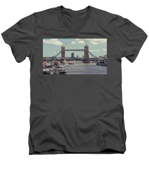Tower Bridge B Men's V-Neck T-Shirt