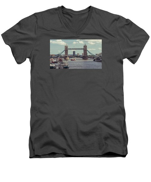 Tower Bridge B Men's V-Neck T-Shirt