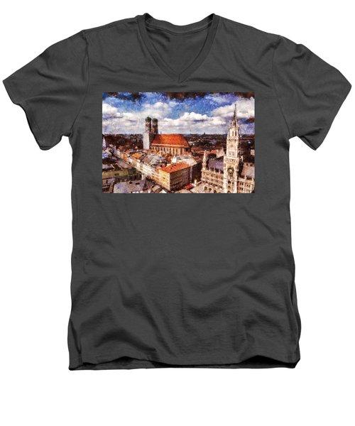 Town Hall. Munich Men's V-Neck T-Shirt